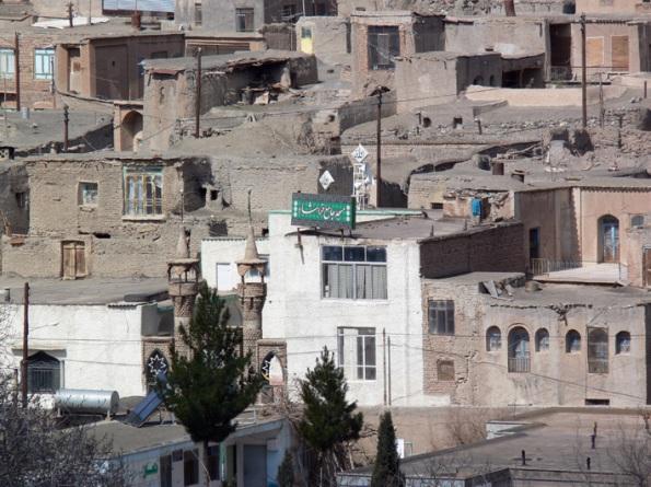 م�له مرکزی خراشاد (مسجد، مدرسه راهنمایی و ... )