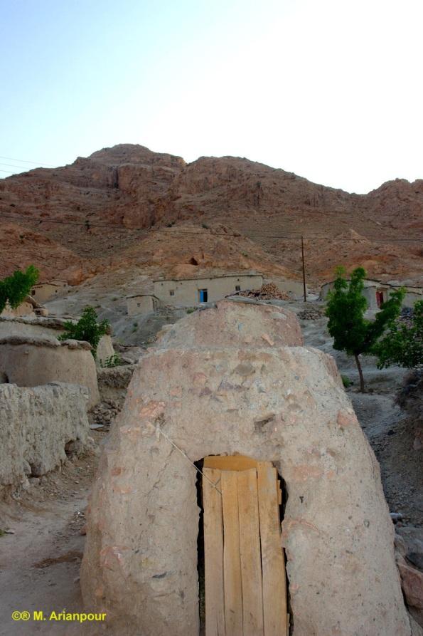 نمونه ای از بافت مسکونی ماخونیک (م.آرین پور)