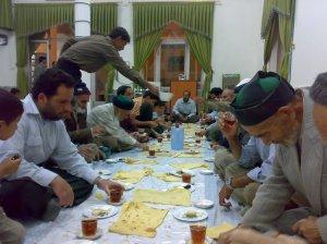 افطاری ماه رمضان در خراشاد