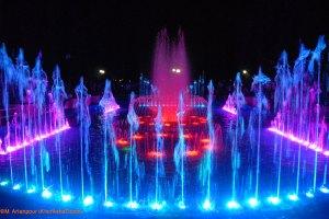 افتتا� آبنمای موزیکال پارک تو�ید بیرجند - مهر 87