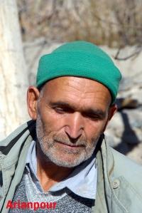 پیرمردی از اهالی خراشاد